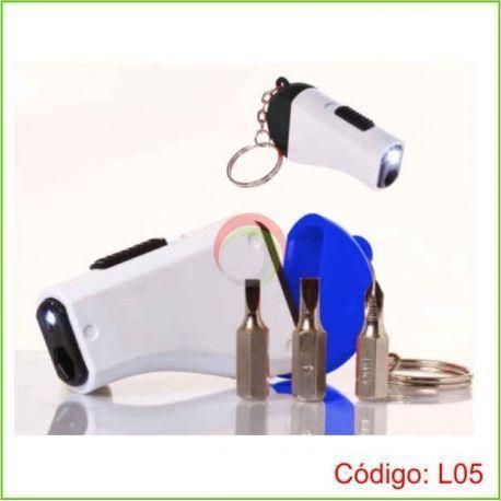 Llavero linterna con set de herramientas